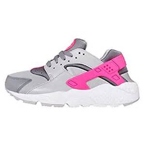 Run gs wolf grey white cool grey hyper pink youth size 6 shoes