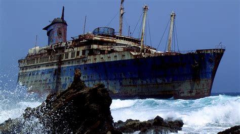 10 misteriosos barcos abandonados sin explicaci 211 n youtube - Imagenes De Barcos Misteriosos