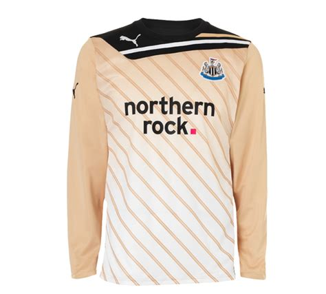 Jersey Arsenal Gk Home 11 12 newcastle goalkeeper kit 2011 12 home football kit news new soccer jerseys