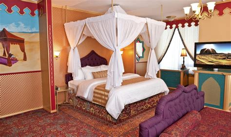 hotel themed bedrooms arabian luxury theme fantasyland hotel