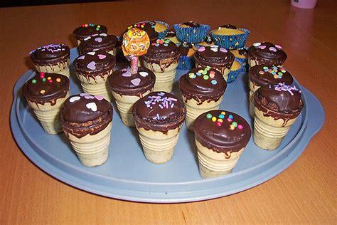 kleine kuchen im waffelbecher 100 255 foto marion76