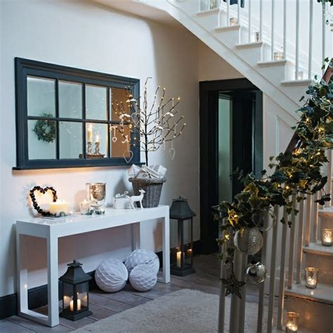 house entrance decoration for a festive home