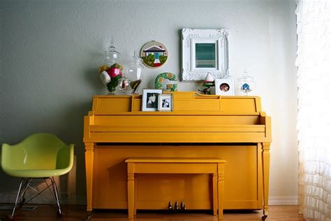 home decor blogs in canada rebekahgoughblogspotcomyellopainted piano a pop of