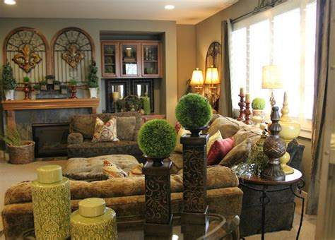 tuscan living room decor house tour house snooping at savvy seasons worthing court