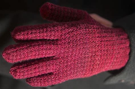 knitted gloves with fingers pattern 239 best images about knitting gloves with fingers on