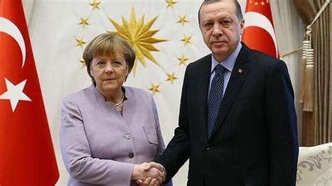 cumhurbaskani erdogan merkel ile telefonda goeruestue olay