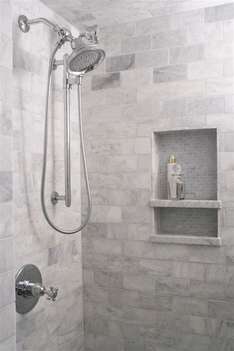 Grey And White Tiled Bathrooms by Best 25 Grey White Bathrooms Ideas On White