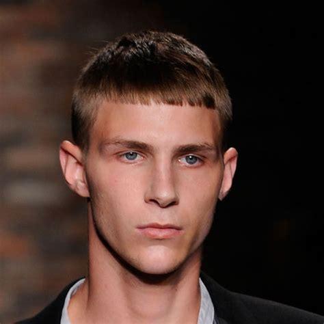 foto di tagli capelli medi ragazzo corti immagini tagli