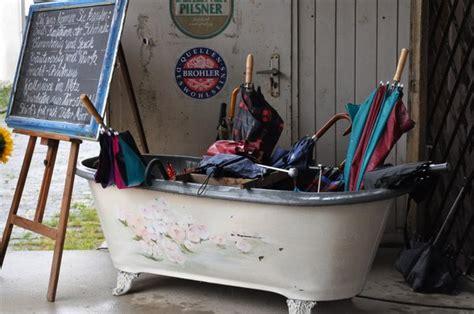 duschkabine für den garten badewannen idee alt