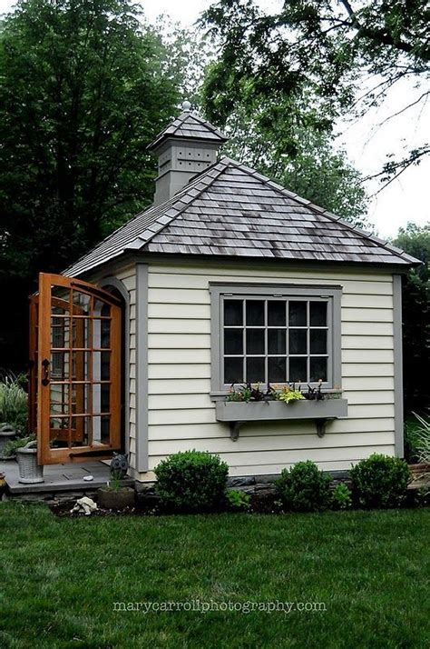 small backyard cottages tiny cottage sheds cabins and tiny houses pinterest