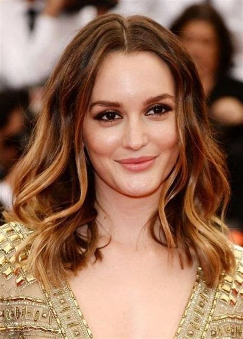 30 best hairstyles for big foreheads herinterest com 20 ideas of short haircuts for large foreheads