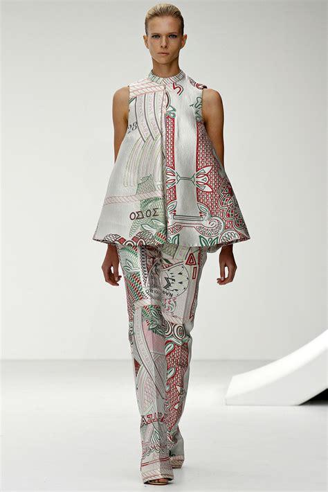 Supplier Fashion Realpict Jihan Set By Dharya show review katrantzou 2013 fashion bomb daily style magazine fashion