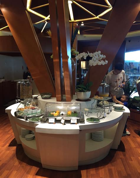 emirates lounge bali bali airport lounge 33 one mile at a time