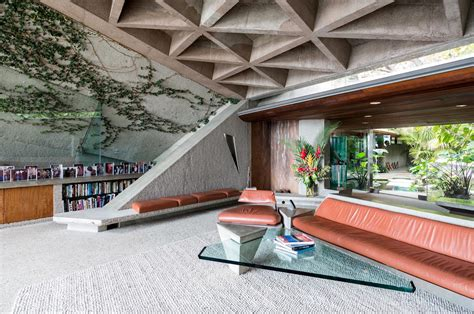 jimmy goldstein house lessons from a landmark house by john lautner time to build