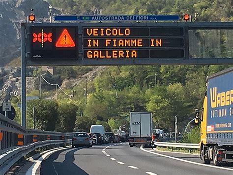 viabilita autostrada dei fiori autostrade invita a non andare in liguria toti e berrino