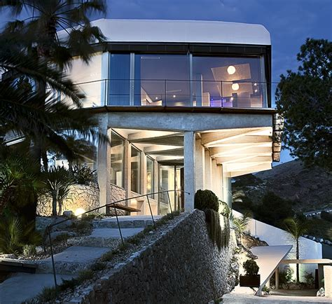 Diamond House Architecture Style