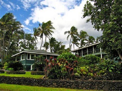 11 unique cottage rentals in hawaii