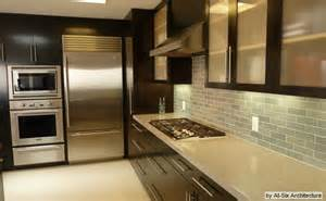 kitchen cabinets with light countertops 1000 images about dream kitchens on pinterest dark cabinets maple kitchen cabinets and