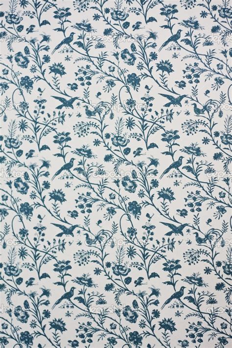 vintage wallpaper blue and white victorian wallpaper victorian style pinterest nature