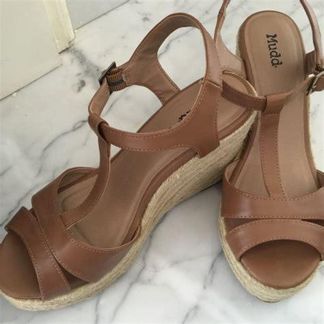 mudd platform sandals mudd platform sandals 8 from s closet on poshmark