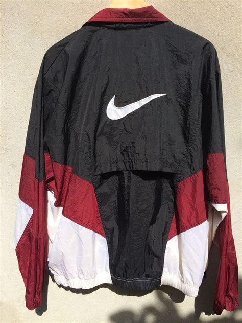 Sweaterjaket Nike vintage 90s nike windbreaker sweater jacket on the hunt clothes nike windbreaker