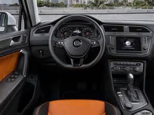 2017 volkswagen tiguan r line   interior dashboard wallpaper 1600 x