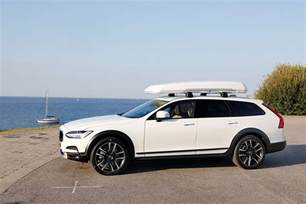 Volvo V90 Cross Country Volvo V90 Cross Country Specs 2016 2017 Autoevolution