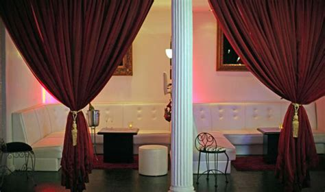 vip curtains 10 diy nightclub makeovers with velvet curtains lushes