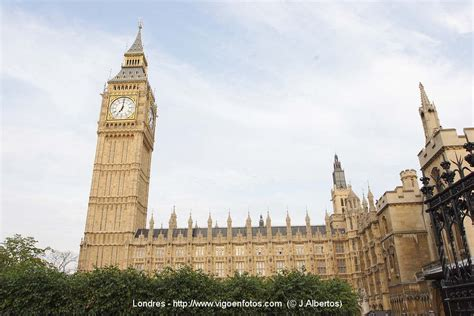 PICTURES OF   P1   Photos of London. Travel guide of