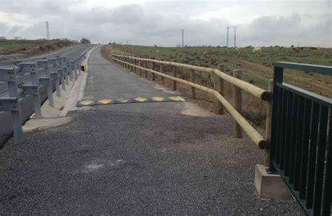 barandilla de un puente barandilla de seguridad para el puente de palazuelos