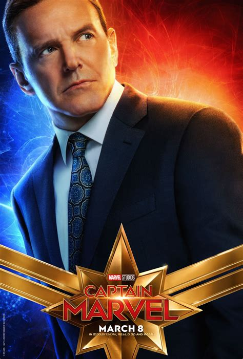 clark gregg in captain marvel clark gregg s coulson is a rookie with a man crush in