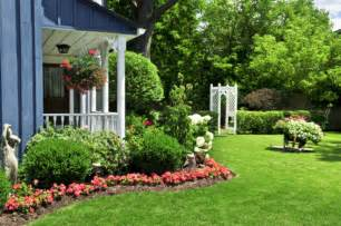 the picture of front yard landscaping ideas design