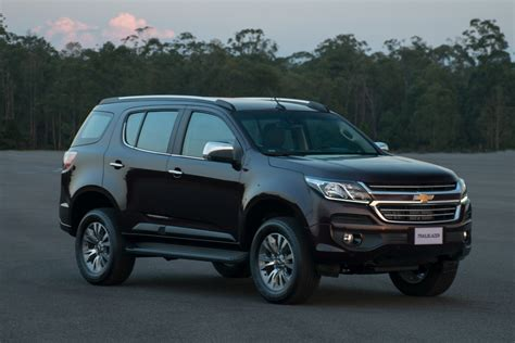 chevrolet trailblazer 2017 2017 chevrolet trailblazer facelift unveiled in