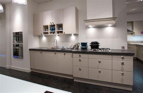 keuken u opstelling keukenopstelling de ideale opstelling bemmel kroon