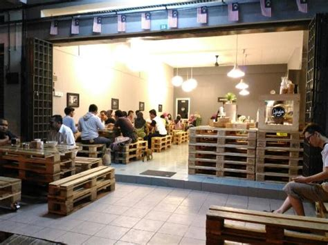 ella cafe design district ghafar cafe 怡保 餐廳 美食評論 tripadvisor