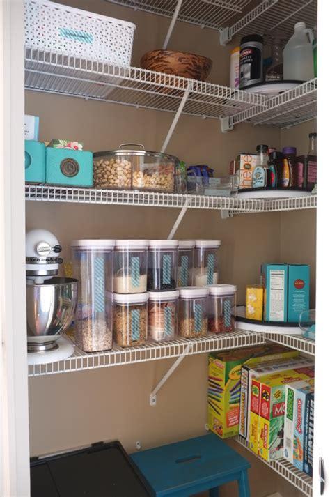 organized  pantry      mess