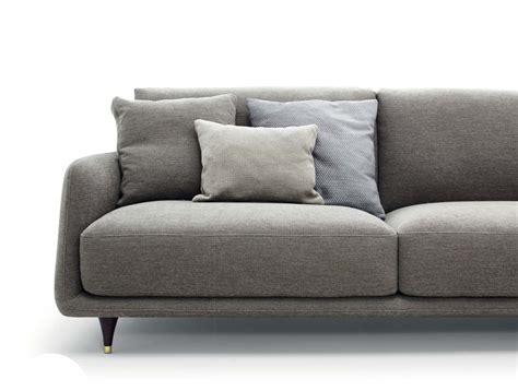 divani sconti divano elliot ditr 232 italia consegna gratuita scontato