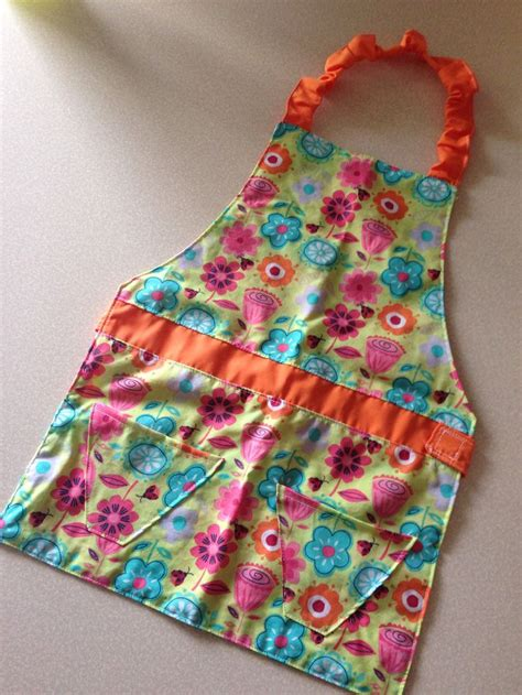 pattern children s apron free 17 best images about aprons on pinterest diy christmas
