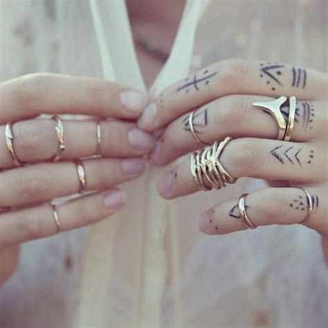 tribal tattoos for fingers finger tattoos tribal i will do this fashions