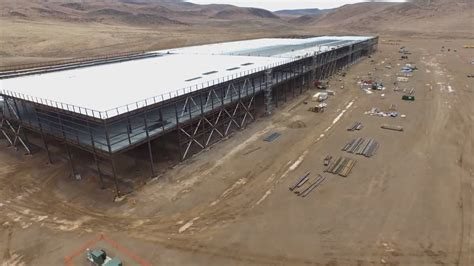 Drone S Eye drone s eye view of tesla s battery factory bloomberg