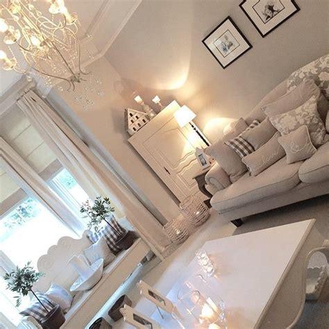 hanging living room ls de 25 bedste id 233 er inden for lounge decor p 229 farveskemaer og dagligstue