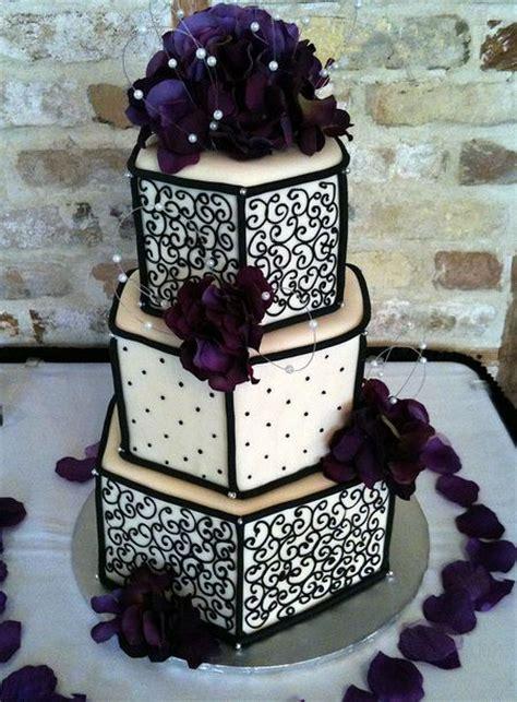 tier hexagonal wedding cake  ivory  black