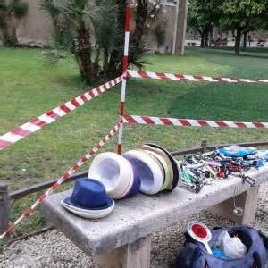 giardino degli aranci roma orari roma venditori abusivi nel giardino degli aranci appena