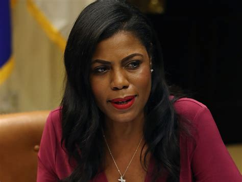 omarosa manigault apprentice twitter lols hard after omarosa resigned from white