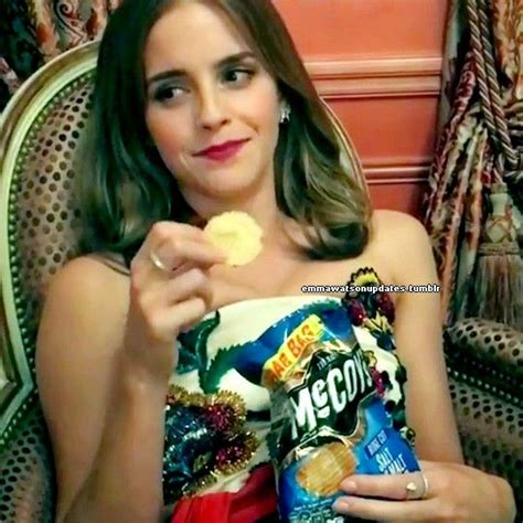 emma watson eating emma watson eating mccoy s salt malt vinegar after