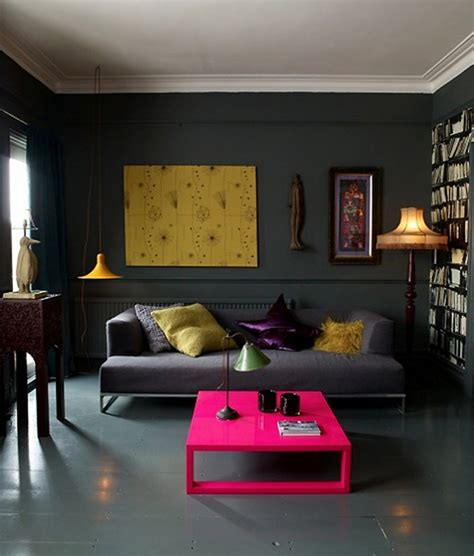 living room with dramatic walls 30 ideas decoholic