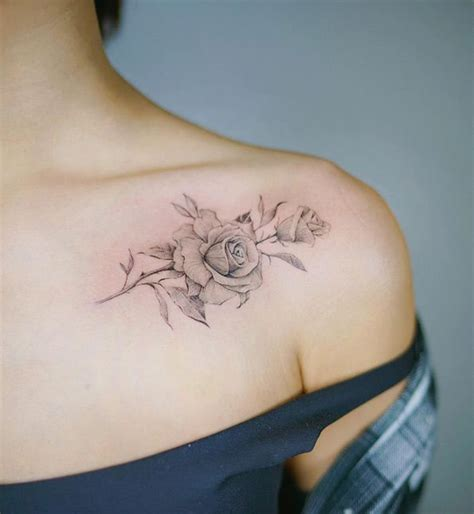 how much does a tattoo on your shoulder blade hurt best 25 rose sleeve tattoos ideas on pinterest rose