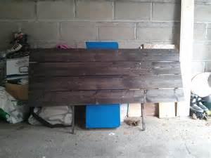diy une t 234 te de lit avec des planches ralfred s