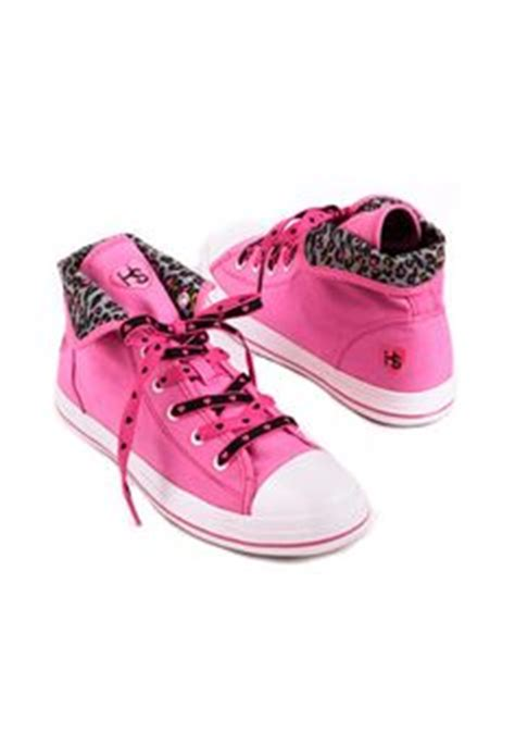 best athletic shoes for nurses 1000 images about shoes clogs on s