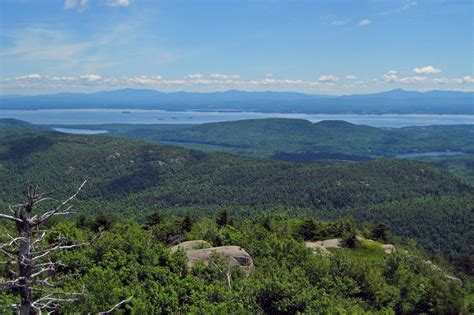 mountain vt file view of lake chlain and vermont from poke o moonshine mountain tower jpg